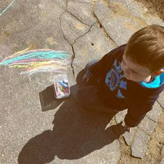 His first real drawing.. Rainbow  #babyboy #2yearsold #toddler #kidsactivities #activityoftheday #kidsofinstagram #drawingoftheday #firstdrawing #colors #chalkpaint #outsideadventures #springday #sunnyday #proudmom #myson #mylove