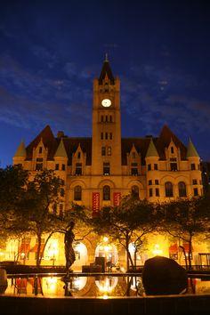 Landmark Center at night, Rice Park, St. Paul, MN - image by Studio Laguna Photography