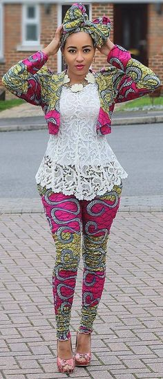 Love the colors and the pattern on this outfit! #pattern #color #fashioninspiration