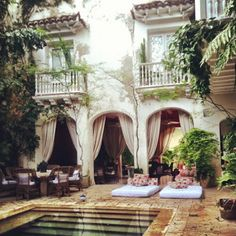 "Codinha Writes From Cartagena, Colombia ""Please don't make me stay there . said no one ever."" Cartagena""Please don't make me stay there . said no one ever. Exterior Design, Interior And Exterior, Interior Modern, Outdoor Spaces, Outdoor Living, Outdoor Retreat, Outdoor Lounge, Indoor Outdoor, Outdoor Events"