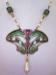 Art Nouveau necklace Art Deco vintage style necklace green Edwardian necklace statement necklace pearl drop
