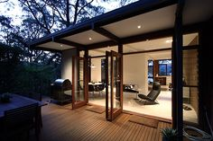 Tom Ferguson: renovation and restoration of a mid-century beach house at Pearl Beach north of Sydney