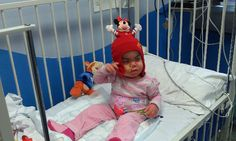 Emily recibió un trasplante de células madre para tratar el Síndrome de Hurler: http://www.emily-bradshaw.co.uk/
