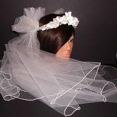 1980s vintage bridal tulle veil & silk floral headpiece