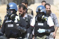 Expertos en armas químicas de la ONU llevan muestras obtenidas en uno de los sitios de un presunto ataque con armas químicas. Visite nuestra página y sea parte de nuestra conversación: http://www.namnewsnetwork.org/v3/spanish/index.php