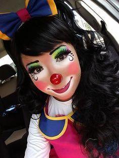 cute  easy clown face paint inspiredashleahenson