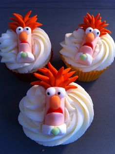 Muppet Cupcakes. Beeker by zoeycakes, via Flickr