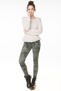 Chanelle Crump: Kelis Army Print Leggings ( brandy melville) #Lockerz