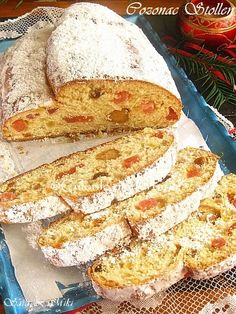 Stollen / Cozonac german ~ Culorile din farfurie Food Cakes, Cake Recipes, French Toast, Food And Drink, Cooking Recipes, Sweets, Lunch, Cookies, Baking