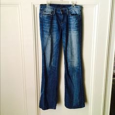 SALEJoe's Provocateur Jeans These flattering Joe's jeans feature a slightly flared leg in a medium wash. Pair these with a flowy blouse or casual tee. Barely worn and in great condition. Joe's Jeans Jeans Boot Cut