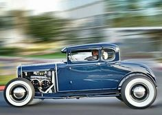 Model A Ford - Houses interior designs Vintage Racing, Vintage Cars, Antique Cars, Hot Rods, Classic Car Insurance, Traditional Hot Rod, Classic Hot Rod, 32 Ford, Ford Classic Cars