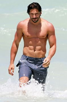 Joe Manganiello hits the beach