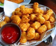 Hi again my online #CyberFriend today for a rich #FastFood ... #Yummy !!!     (*) In #Twitter ...
