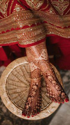 Engagement Mehndi Designs, Latest Bridal Mehndi Designs, Stylish Mehndi Designs, Mehndi Designs 2018, Wedding Mehndi Designs, Dulhan Mehndi Designs, Henna Designs, Mehendi, Leg Mehndi