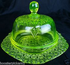 Vaseline Glass daisy button Queen's Pattern covered Butter dish uranium Glass