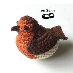 Crochet Robin Pattern / Tutorial PDF Totally adorable tubby robin which you can make as a hanging ornament or to stand on a surface. Worked