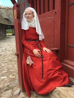 Finnish lady in a red cotte