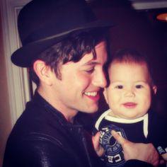 Jackson Rathbone & His Son Monroe - awwwwwwwwwwwwwwwwwww!