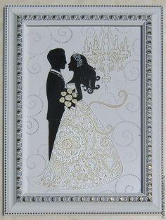 Купить или заказать Навсегда Витражная роспись по стеклу в интернет-магазине на Ярмарке Мастеров. Очень нежное и нарядное витражное панно в монохромной гамме с изображением жениха и невесты. 'Навсегда' - это значит, НАВСЕГДА! Любовь, чувства, радость, счастье - всё на двоих, и на долгие, долгие годы! Хотелось бы, чтобы эта картина стала оберегом для влюблённой пары. Работа выполнена в сочетании витражной и точечной росписи. Особое украшение - платье невесты.