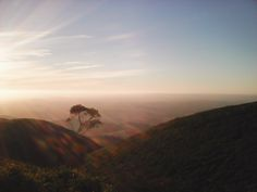 Sunset in Montejunto mountain range, after a wonderful climbing day!   Pôr do sol na serra de Montejunto depois de um  belo dia de escalada!