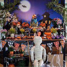 Festa Halloween bem bacana e divertida, adorei! Por @sheilaborgeslerner  #kikidsparty