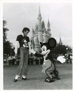 Michael Jackson and Mickey Mouse, Walt Disney World ~1983~♛