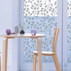 Film pour vitres vegetal 1. Design Sophie Briand pour Acte Deco. www.design-graphisme-mural.fr