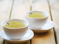 90-Second Health Boosts: 16. Sip green tea daily http://www.prevention.com/health/healthy-living/90-second-health-boosts?s=17&?cm_mmc=Twitter-_-Rodale-_-Health-_-90SecondHealthBoosts