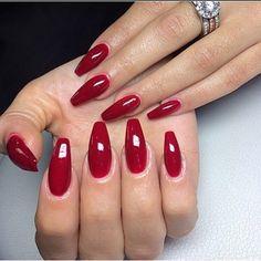 n gel rot mandel red nails nail design n gel rote n gel und elegante n gel. Black Bedroom Furniture Sets. Home Design Ideas