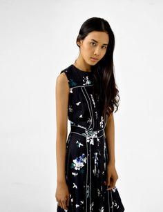 sleeveless  A-line silk pleated dress