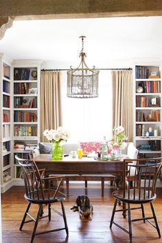 Inside a Bungalow That Maximizes Its Small Space// library breakfast nook