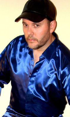 Satin Shirt, Silk Satin, Mens Suits, Men Casual, Shorts, Guys, Mens Tops, How To Wear, Shirt Men
