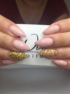 Snake skin &leopard nude nails
