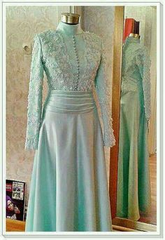 Simple green Lovely Dresses, Modest Dresses, Simple Dresses, Elegant Dresses, Gaun Dress, Dress Brokat, Hijab Dress Party, Hijab Style Dress, Skirt Fashion