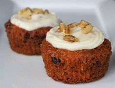 Pin for Later: Vegan, Paleo, and More: The Healthiest Desserts to Satisfy Your Sweet Tooth Vegan Carrot Cake Cupcakes Carrot cake and cream cheese frosting is a classic combo that gets a bit of a twist in this vegan makeover. Vegan Carrot Cupcake Recipe, Carrot Cake Cupcakes, Vegan Carrot Cakes, Cupcake Recipes, Cupcake Cakes, Dessert Recipes, Brunch Recipes, Orange Cupcakes, Carrot Muffins
