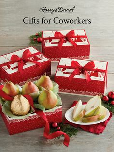 Give the gift of our famous Royal Riviera Pears to your coworkers this season with four gifts in one! This perfect Christmas gift for coworkers is an easy way to show how much you appreciate their hard work and to celebrate the holiday season. Christmas Gifts For Coworkers, Christmas Gift Baskets, Perfect Christmas Gifts, Holiday Gifts, Harry And David, Pears, Hard Work, Fresh Fruit, Strawberry