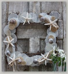Learn how to make this gorgeous Summer Wreath!  www.findinghomeonline.com  #wreath  #Summer