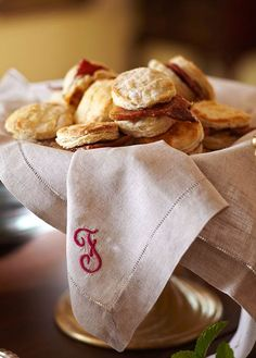 Biscuits with Ham and Peach Marmalade. Adapted from the Better Homes and Gardens New Cook Book, 5th Edition. - Traditional Home ®/ Photo: Colleen Duffley