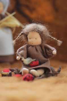 Goblin King, Nature Table, Sewing Dolls, Waldorf Dolls, Felt Art, Crafts To Do, Softies, Gnomes, Handicraft