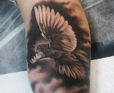 Dove Tattoos, Mini Tattoos, Body Art Tattoos, Unique Tattoo Designs, Tattoo Sleeve Designs, Sleeve Tattoos, Neck Tattoos, Pigeon Tattoo, Face Tattoos For Women