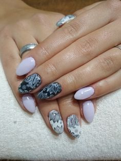 purple, white and black gel, black and white ornaments