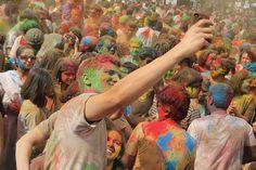 FESTIVAL HOLI DEL COLOR en INDIA:  Ven al festival de los colores más auténtico de la India y aprovecha a visitar ese gran país