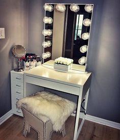 Pin by impressions vanity co. on impressions vanity inspo Vanity Room, Vanity Desk, Mirror Vanity, Desk Organization Diy, Diy Desk, Home Bedroom, Bedroom Decor, Decor Room, Bedroom Ideas