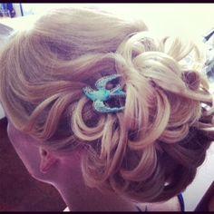www.harpier.com.au  #bridalupstyle #curls #bridalcomb #weddinghair  Enquire now For wedding hair an makeup!