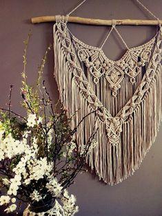 Macrame Dress, Macrame Art, Macrame Projects, Macrame Wall Hanging Patterns, Macrame Patterns, Textile Sculpture, Crochet Decoration, Boho Designs, Boho Diy
