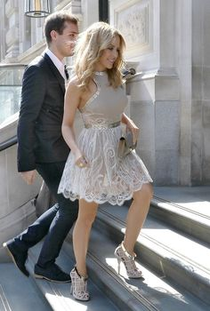 Kylie Minogue flaunts enviable curves in sexy sheer mini dress as she steps out in London Kylie Minogue, Lovely Dresses, Beautiful Outfits, Cool Outfits, Fashion Poses, Female Fashion, Fashion Editorials, Fashion Fashion, High Fashion