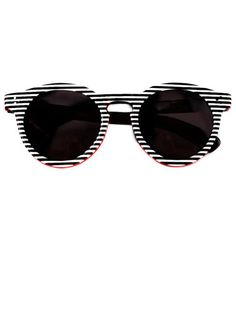 THE BAZAAR: GRAPHIC ARTS--Illesteva sunglasses #getgraphic