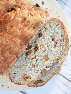 This fig and walnut bread is a tasty white loaf with a twist. It's easy to make and the fruity and nutty bites make it into a slightly special everyday bread.