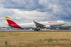 La Nueva Iberia (14663903392) - Iberia (aerolínea) - Wikipedia, la enciclopedia libre