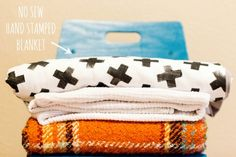 chasing sunshine - live.create.eat: CREATE: NO SEW HAND STAMPED BLANKET